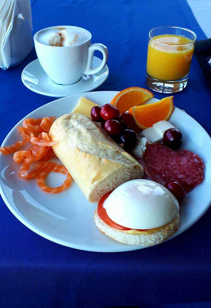Breakfast, Kiev - Photograph by Gavin Cologne-Brookes