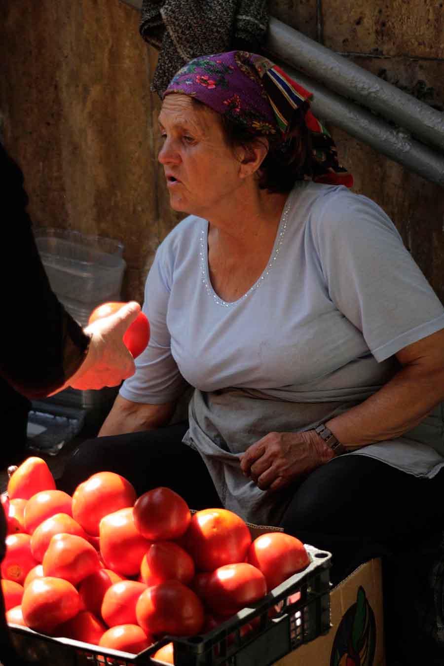 Tomato Seller, Kiev - Photographs by Gavin Cologne-Brookes